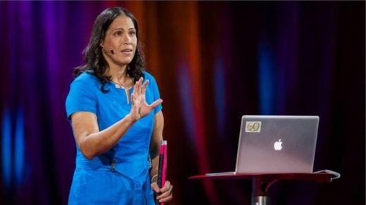 La astrofísca Wanda Díaz, de Puerto Rico, tiene ceguera total y es prueba de que los problemas visuales no son un obstáculo a una carrera en astronomía (Foto Prensa Libre: GENTILEZA BRET HARTMA TED).