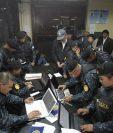 Las autoridades guatemaltecas buscan a 42 personas señaladas por el MP y Cicig por financiamiento electoral ilícito y lavado de dinero. (Foto Prensa Libre: Paulo Raquec)