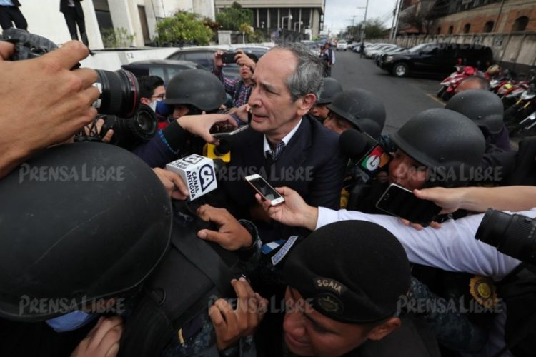 El ex presidente indicó que siempre brindó informes a Contraloría de Cuentas y espera que le indiquen el motivo de su detención.