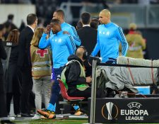 Patrice Evra queda fuera del Marsella y su carrera se le complica por haberle pegado a un aficionado. (Foto Prensa Libre: AFP)