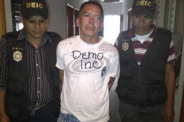 """Maynor López Barrios fue capturado este sábado en Santa Cruz Barillas, sindicado de varios delitos. (Foto Prensa Libre: PNC)<br _mce_bogus=""""1""""/>"""