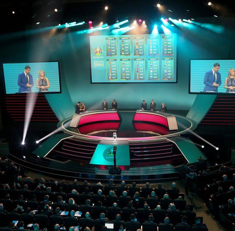 El sorteo se efectuó en Irlanda. (Foto Prensa Libre: AFP)