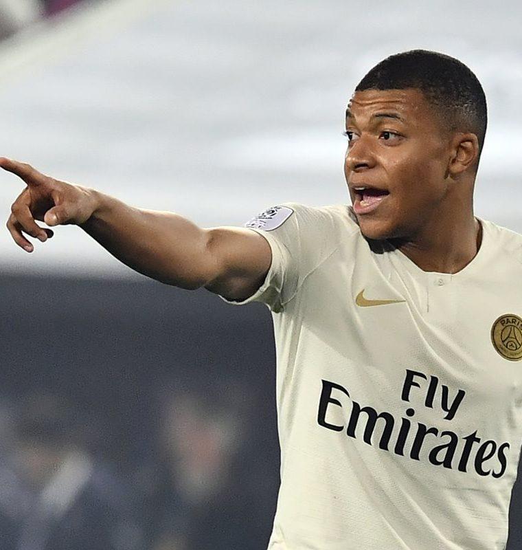 Kylian Mbappé es el hombre del momento en la Ligue 1. (Foto Prensa Libre: AFP)