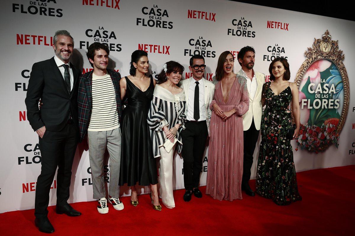 """Netflix lo hace otra vez: la serie """"La Casa de las Flores"""" empieza a ser viral"""
