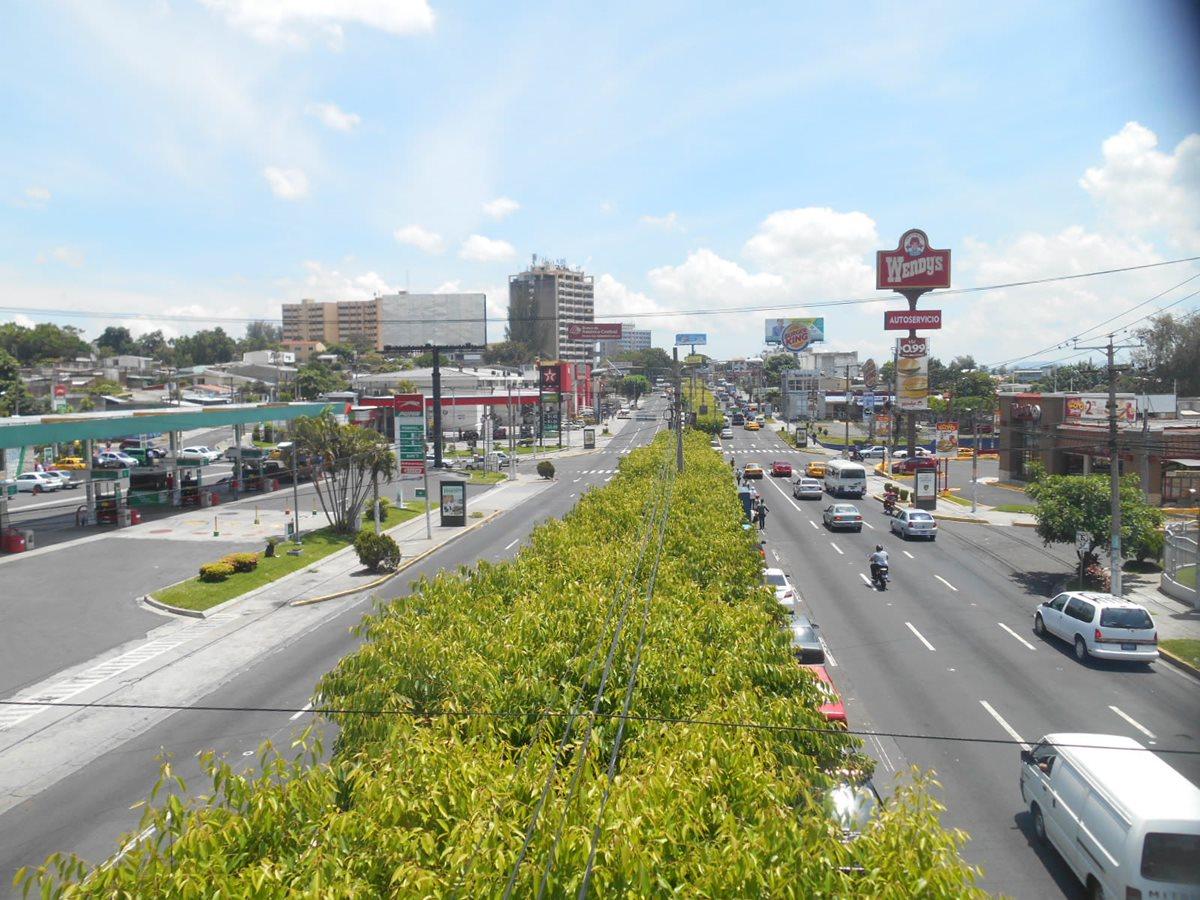 Gobierno salvadoreño retomará diálogo para mejorar economía