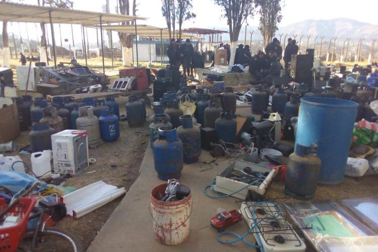 Al menos 36 cilindros para propano fueron hallados en la Granja Penal Cantel.