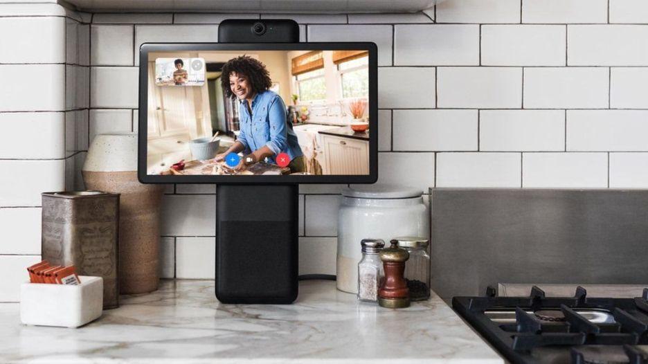 Portal, el nuevo dispositivo con el que Facebook quiere introducir cámaras y micrófonos en los hogares de sus usuarios