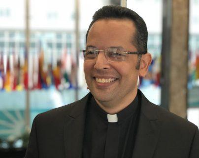 El cura nicaragüense que no pudo salvar a todos los estudiantes en su iglesia de la represión del Gobierno