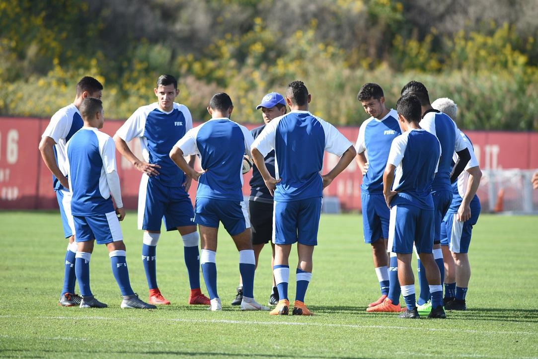 La Selección Nacional jugará esta noche contra Ecuador. La alineación tendrá nueve cambios de la que jugó frente a Argentina. (Foto Prensa Libre: Wilfredo Girón)
