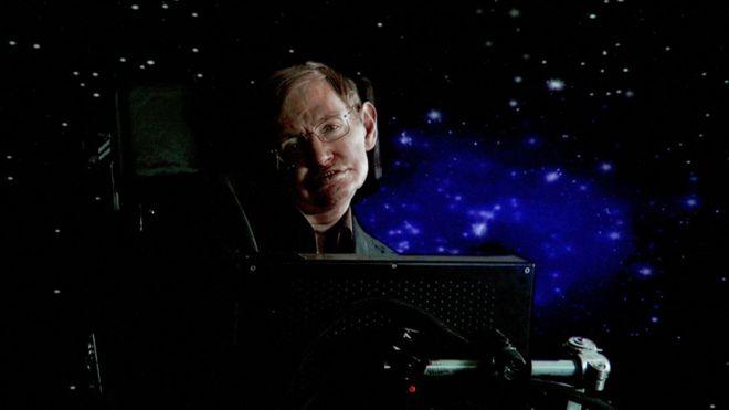 """Cuál es """"la tecnología más prometedora para la humanidad"""" según el fallecido físico Stephen Hawking"""