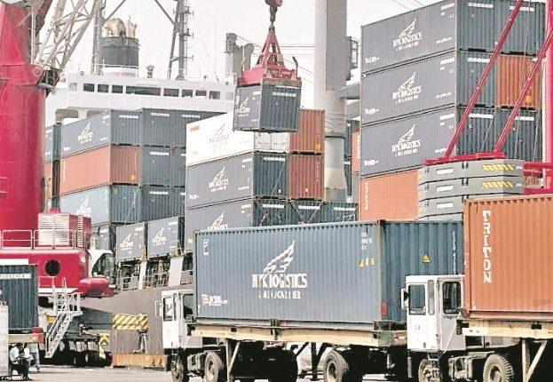El comercio en Centroamérica es afectado por la mala infraestructura. (Foto Prensa Libre: Hemeroteca PL9