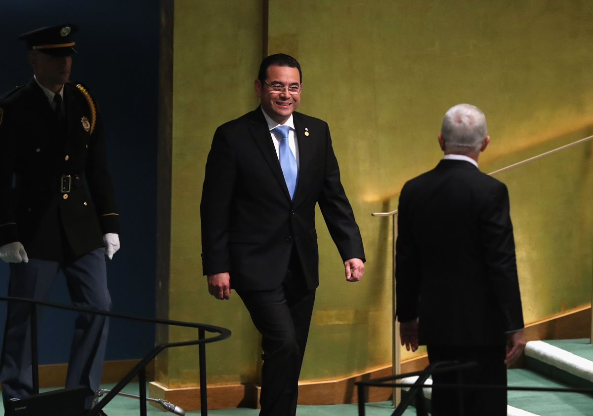 Jimmy Morales, presidente de Guatemala, ingresa al auditorio donde dio su discurso ante la 73 Asamblea de la ONU. (Foto Prensa Libre: AFP)