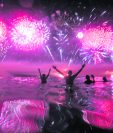 Panorámica de una celebración tradicional de Año Nuevo en Copacabana, Brasil. (Foto Hemeroteca PL).