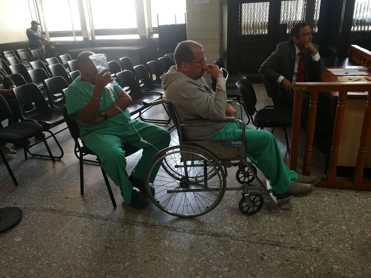 El exsubsecretario de la SAAS, Miguel Ángel Martínez, fue beneficiado con arresto domiciliario. (Foto Prensa Libre: Kenneth Monzón)