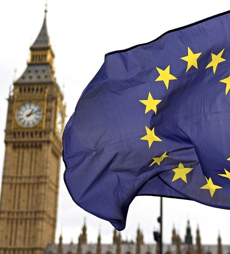 La bandera de la Unión Europea ante el Big Ben en Londres, Reino Unido. (EFE).