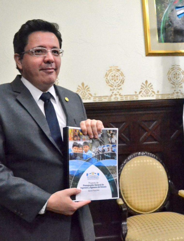 El proyecto de Presupuesto contempla Q87 mil 900 millones en gastos para el otro año. (Foto Prensa Libre: Urías Gamarro)