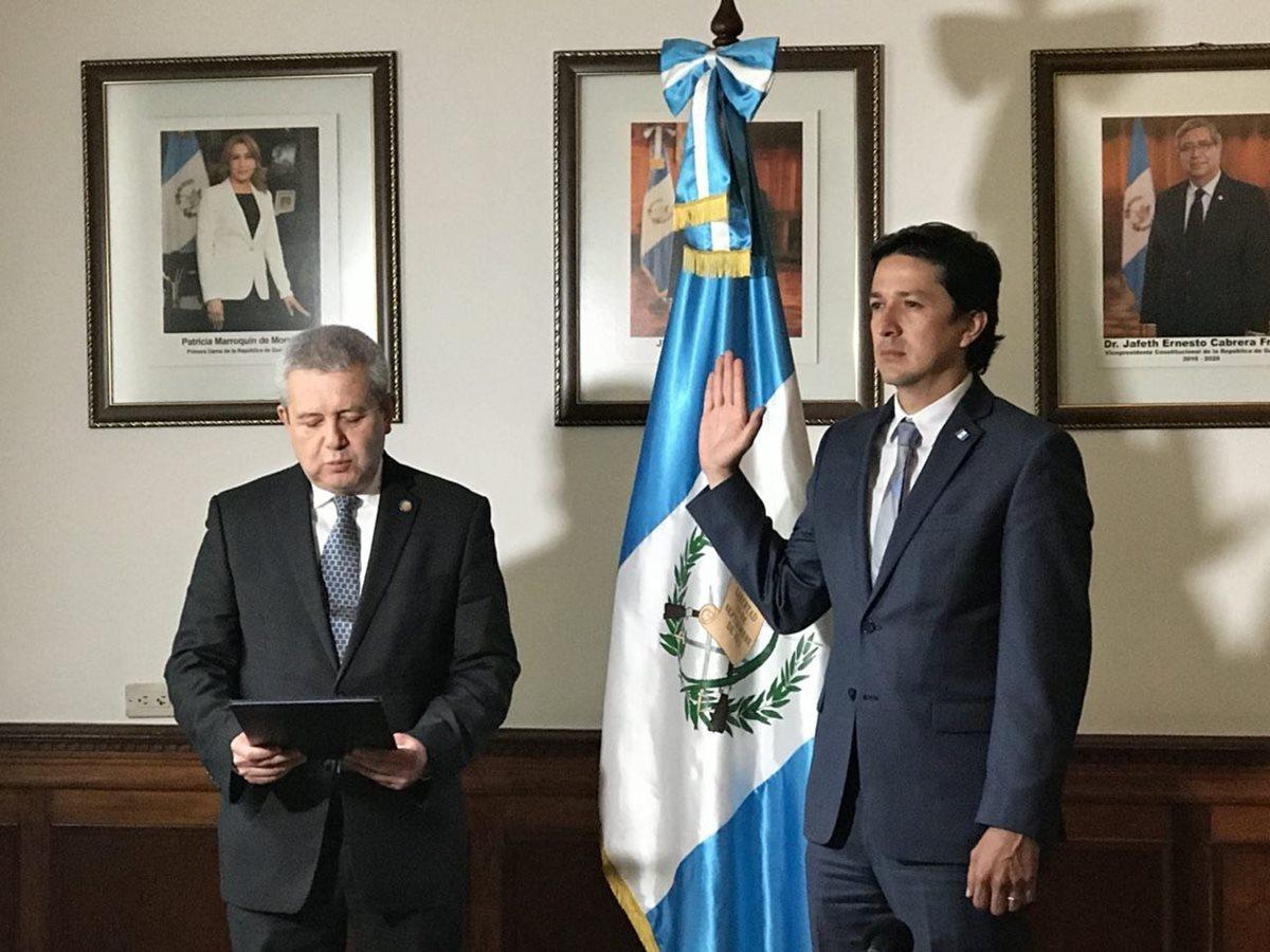 Victor Manuel Martínez Ruíz es el nuevo ministro de Finanzas en sustitución de Julio Héctor Estrada. (Foto Prensa Libre: Gobierno de Guatemala)