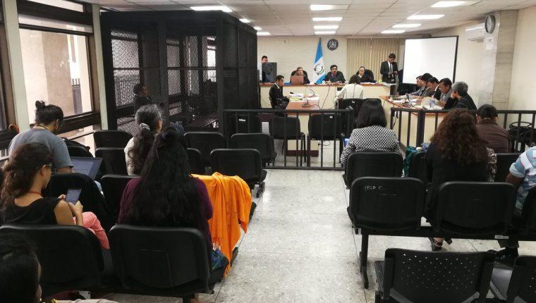 El Tribunal de Mayor Riesgo C escuchó el peritaje de una antropóloga argentina. (Foto Prensa Libre: Kenneth Monzón)