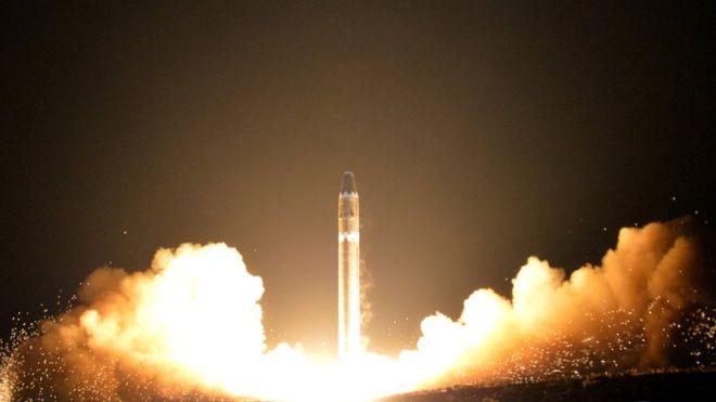 Corea del Norte realizó numerosas pruebas con misiles en 2007. (KCNA)