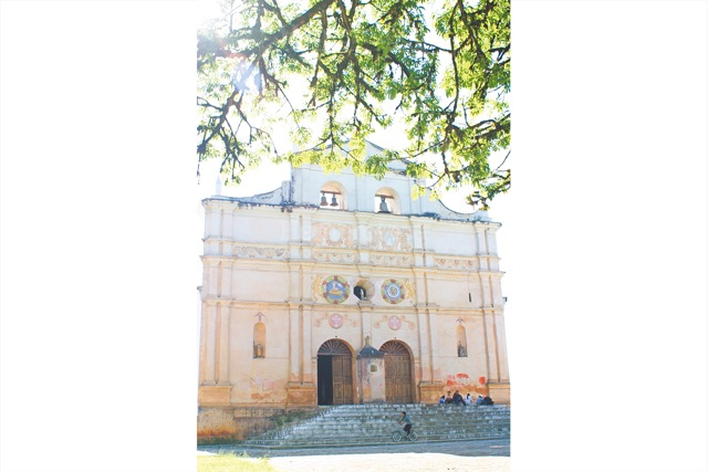 Templo colonial de San Juan Chamelco, Alta Verapaz. (Foto: Hemeroteca PL)