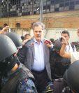 El actual presidente de la Oxfam, Juan Alberto Fuentes Knight fue capturado por un posible caso de corrupción en el Transurbano. (Foto Prensa Libre: Estuardo Paredes)