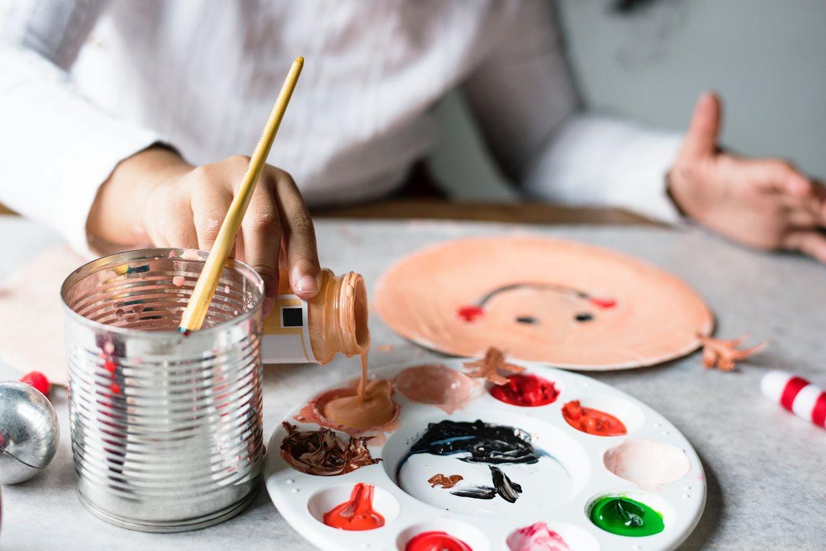 Las actividades artísticas y recreativas predominan en los cursos de vacaciones (Foto Prensa Libre: servicios / Pexels).