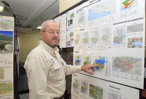 Miguel Duro,  director del Departamento de Información Geográfica, Estratégica y Gestión de Riesgos del Maga.