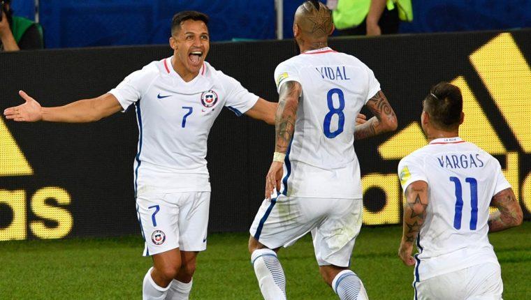 Chile consiguió una laboriosa victoria contra Camerún en el inicio de la Copa Confederaciones. (Foto Prensa Libre: AFP).