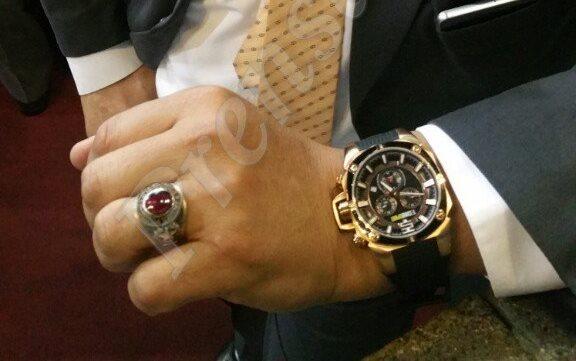 Reloj que se compró diputado oficialista Estuardo Galdámez que ahora tiene orden de captura. (Foto Prensa Libre: Hemeroteca PL)