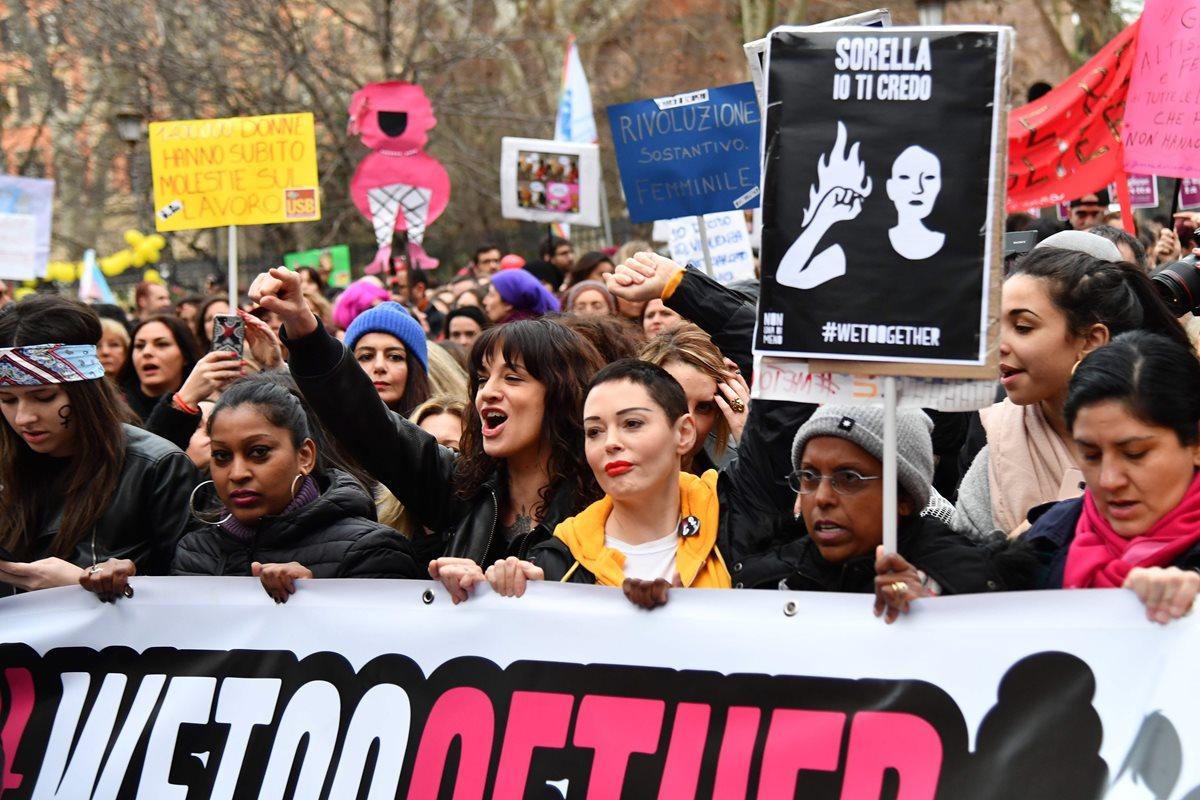 Mujeres de todo el mundo reivindican igualdad en jornada histórica