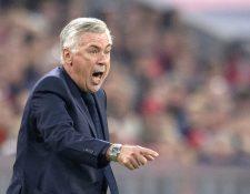 El técnico del Bayern Múnich, Carlo Ancelotti asegura que el PSG será un fuerte rival. (Foto Prensa Libre: AFP)