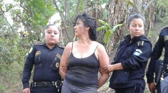 La Patrona, es recapturada luego de intentar fugarse de la cárcel Santa Teresa de la zona 18. (Foto Prensa Libre: Cortesía)