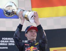 Verstappen marcó un hito histórico en la Fórmula Uno. (Foto Prensa Libre: AFP)