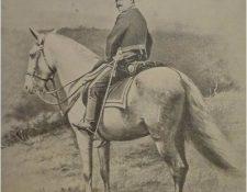 Reina Barrios durante unos ejercicios militares en el Campo Marte. Foto tomada el 28 de junio de 1896.