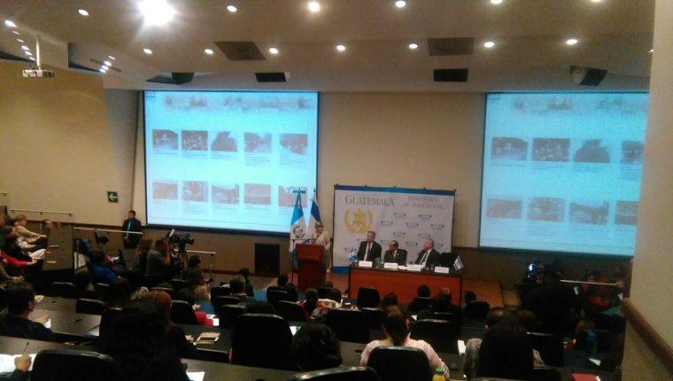 El lanzamiento de la plataforma se llevó a cabo en un hotel de la capital. (Foto Prensa Libre: Óscar García).