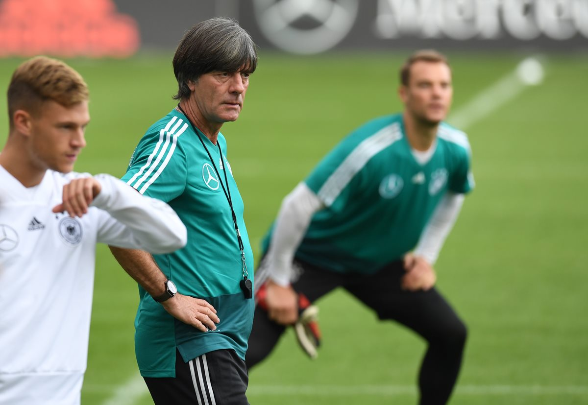Joachim Löw espera que Alemania vuelva a recuperar su nivel. (Foto Prensa Libre: AFP)
