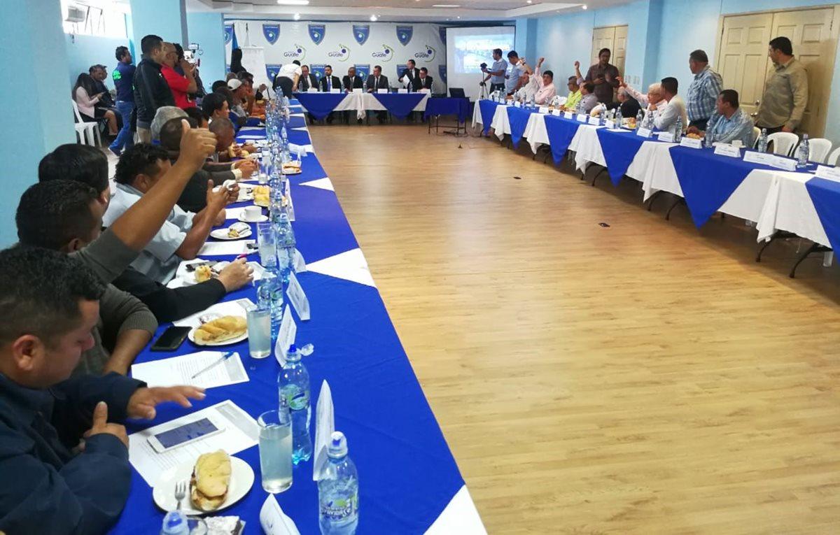 Los asambleístas reconocieron al Comité de Regularización de la Fifa. (Foto Prensa Libre: Francisco Sánchez)