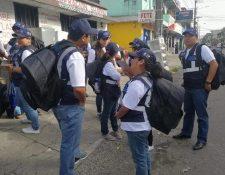 Censistas en un área de la capital. (Foto Prensa Libre: Hemeroteca PL)