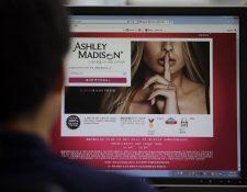 """<em>El grupo de hackers se autodenominó <strong>""""</strong>El equipo de choque"""" y su objetivo era clausurar la web de los adúlteros. (Foto Prensa Libre: AP).</em>"""