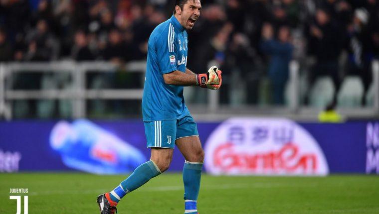 Gigi Buffon, durante la victoria de este sábado de la Juventus 3-1 sobre el AC Milan. (Foto Prensa Libre: Twitter juventusfc)