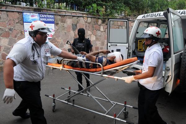 Honduras es considerado uno de los países más violentos del mundo, con un promedio diario de trece homicidios. (Foto prensa Libre: EFE)