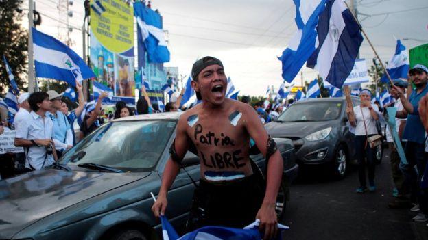 Nicaragua ha tenido casi un mes de manifestaciones en contra y a favor del gobierno de Daniel Ortega. REUTERS