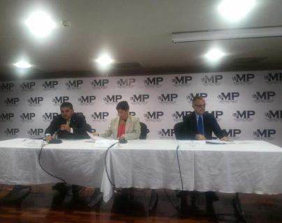 Gustavo Martínez, ex secretario General de la Presidencia y yerno del presidente Otto Pérez Molina, en su apartamento al momento de ser detenido. (Foto Prensa Libre: Cortesía PNC)