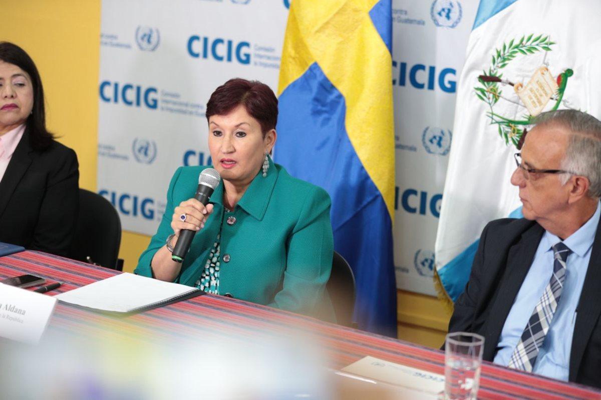 Thelma Aldana abre la posibilidad de postularse nuevamente para dirigir el MP. (Foto Prensa Libre: Carlos Hernández)