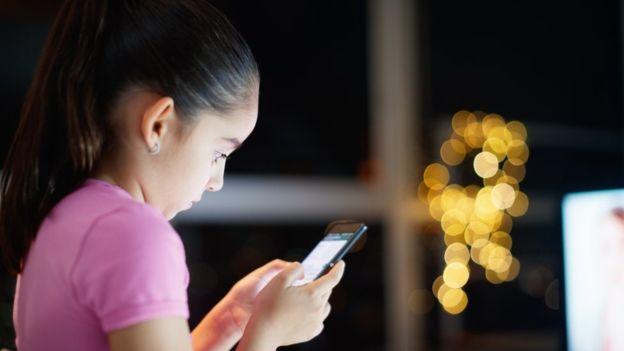 El número de desafíos virales en internet ha aumentado drásticamente en los últimos años. GETTY IMAGES