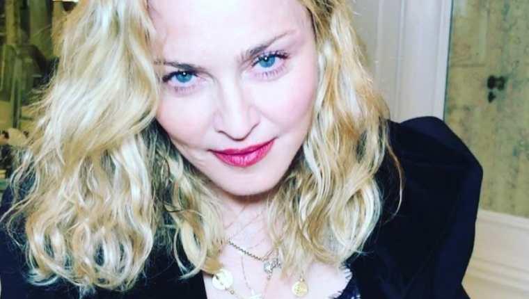 La cantante Madonna publicó en Instagram una fotografía que provocó fuertes críticas de sus seguidores. (Foto Prensa Libre: Instagram)
