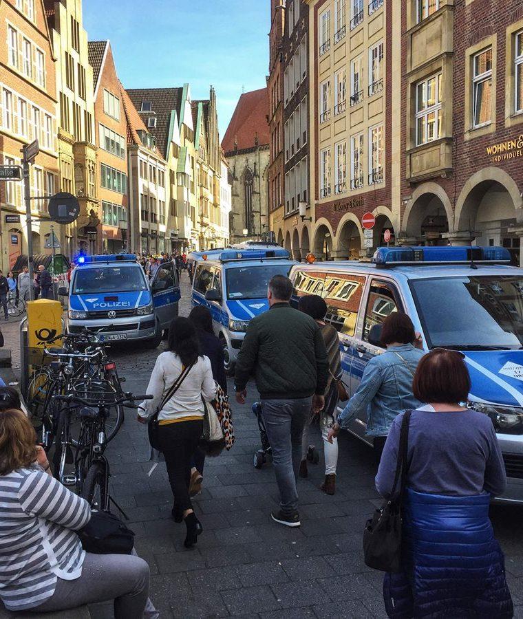 Münster es un área bastante comercial, la afluencia de personas era bastante al momento del incidente. (Foto Prensa Libre: AFP)