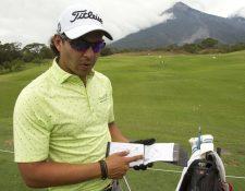 José Toledo, durante la práctica de este martes, en La Reunión. (Foto Prensa Libre: Norvin Mendoza)