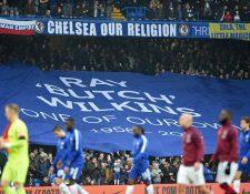El Chelsea presentó una denuncia ante la Uefa por tratamiento que supuestamente recibieron sus seguidores por parte de la policía y los vigilantes. (Foto Prensa Libre: AFP)