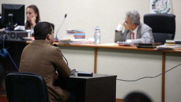 Juan Carlos Monzón continua declaración en anticipo de prueba en caso Cooptación del Estado. (Foto Prensa Libre: Paulo Raquec)